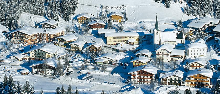 Austria_Filzmoos_village_view.jpg